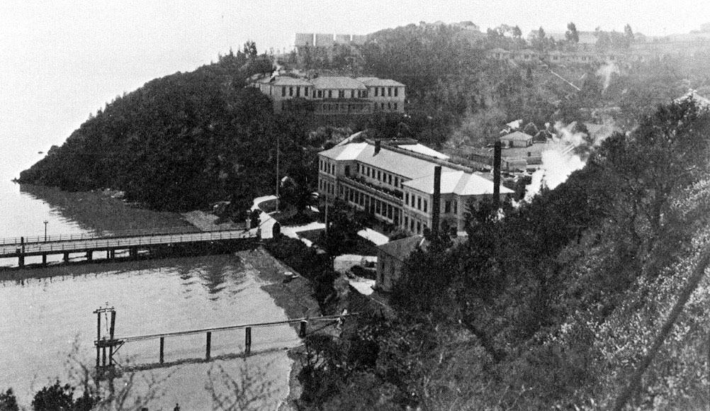 1910; Angel-island