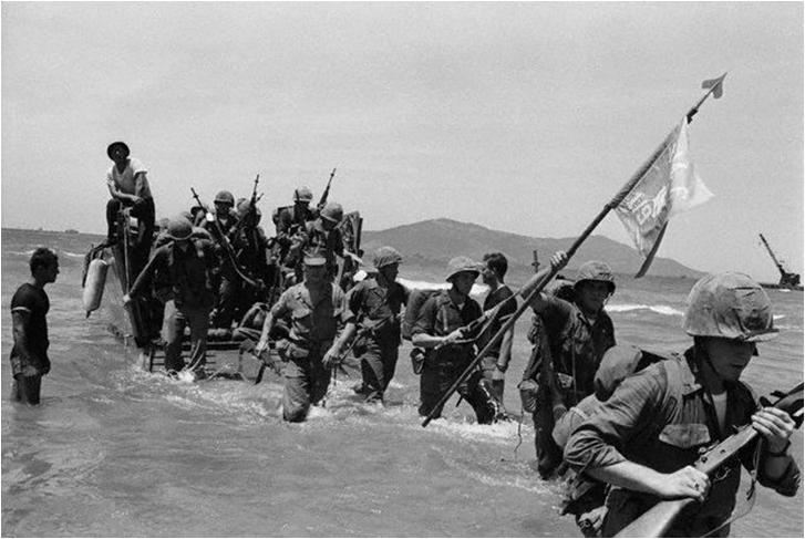 1965; Marines_Arrive_at_Da_Nang