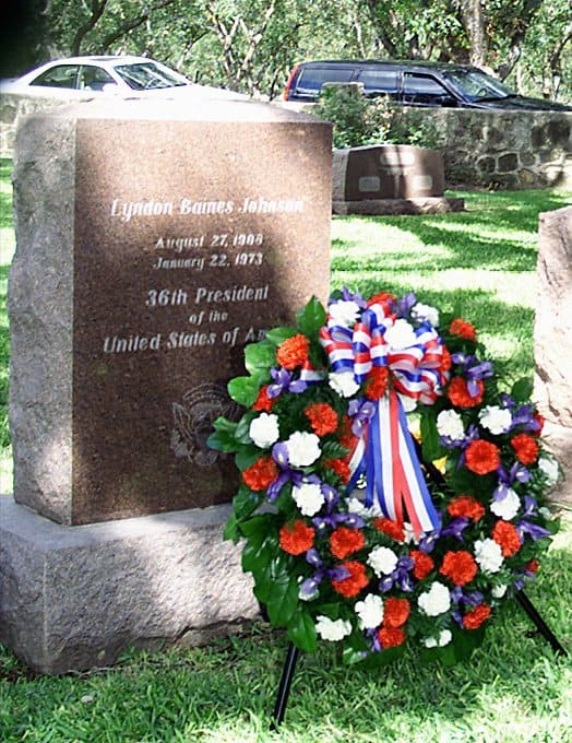 1973 Lyndon_Baines_Johnson_grave_cropped