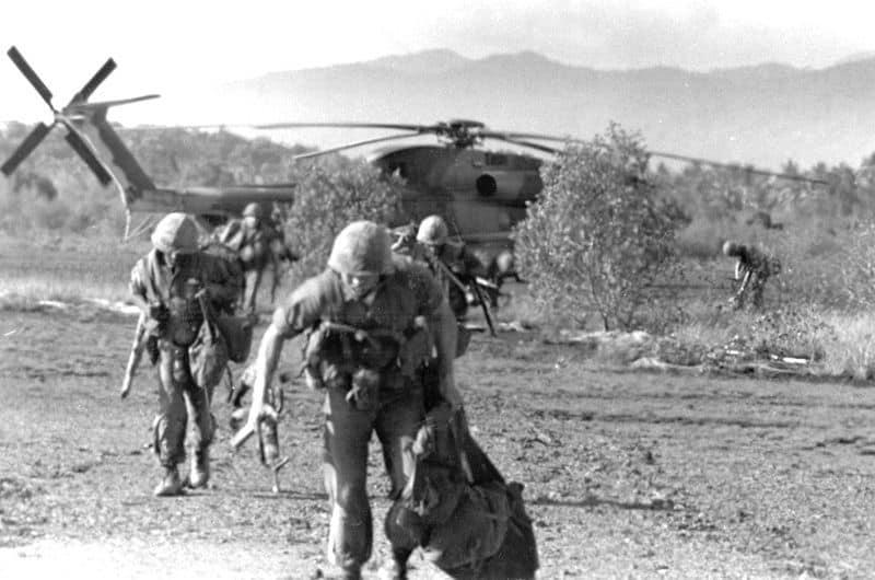 1975 US_Marines_on_Koh_Tang