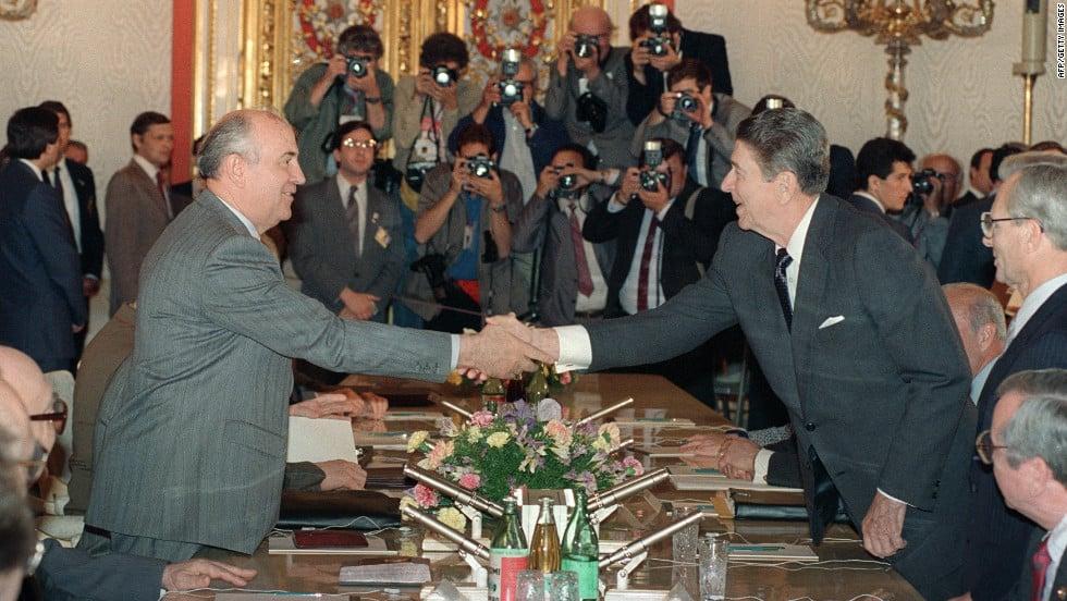 1988 gorbachev and reagan