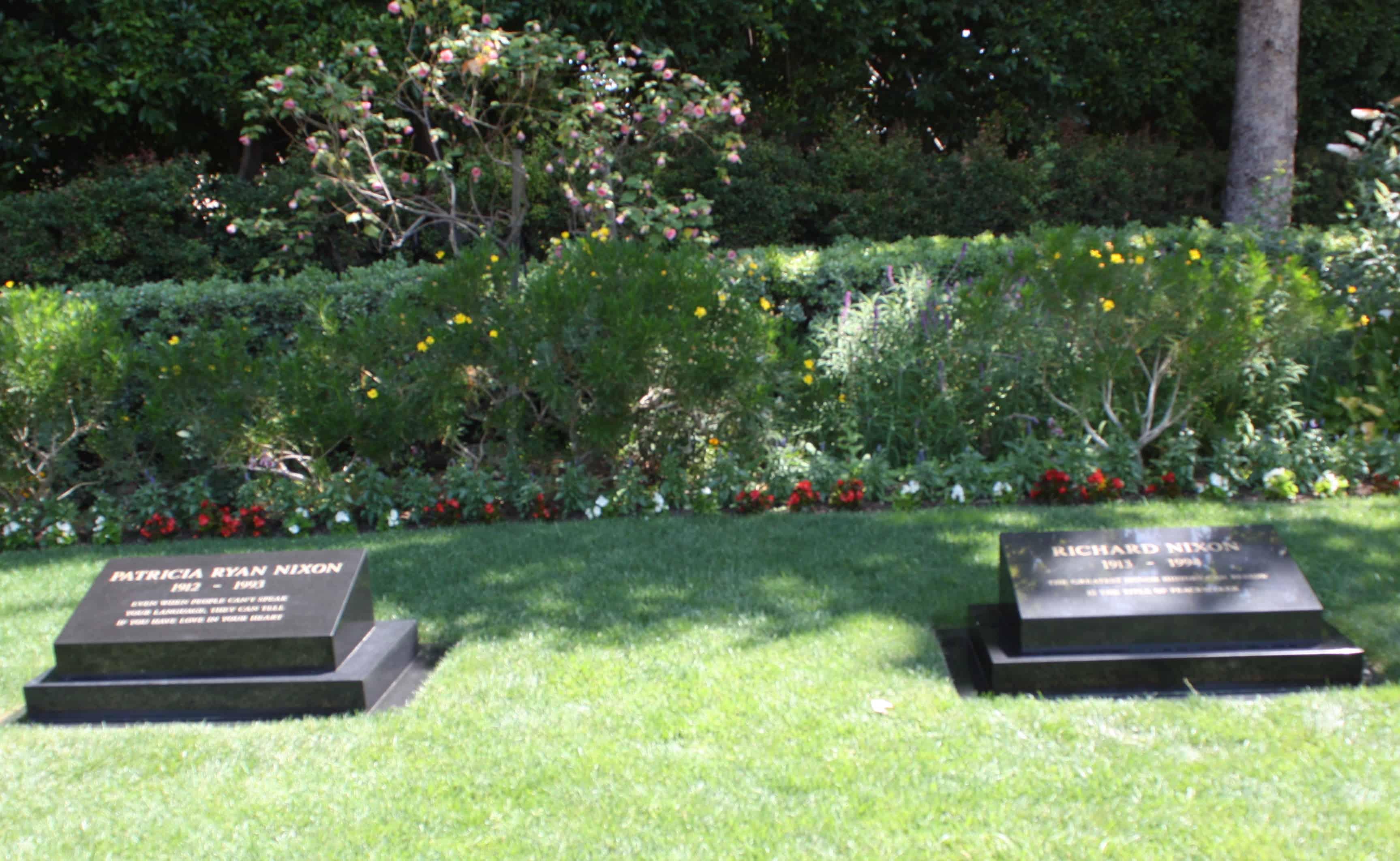 1994 Nixon_grave_2011