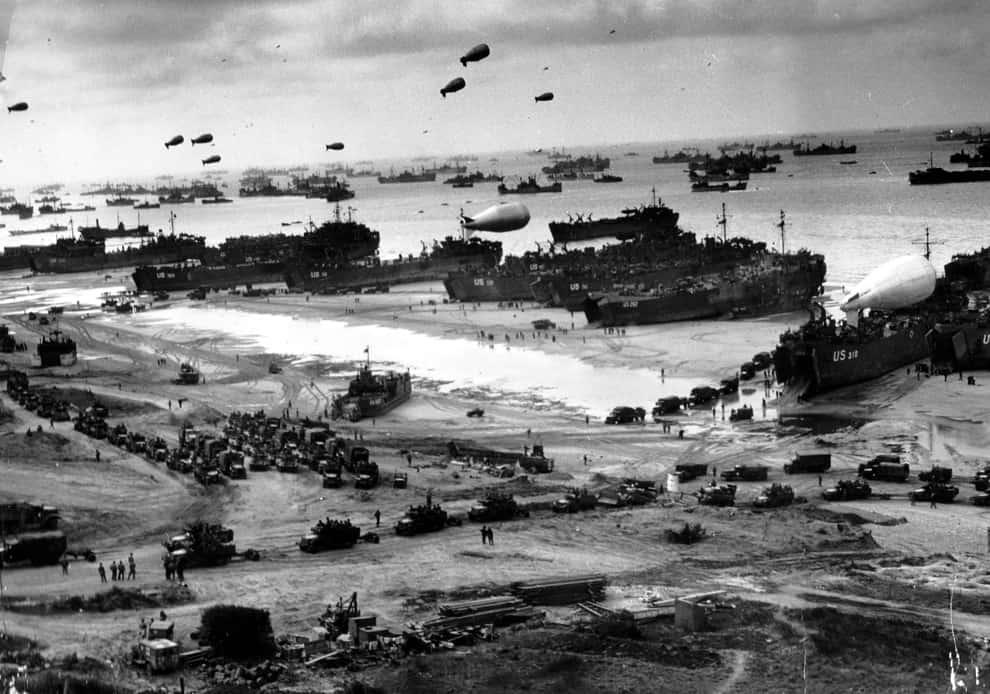 1944; D-DAY LANDING 2