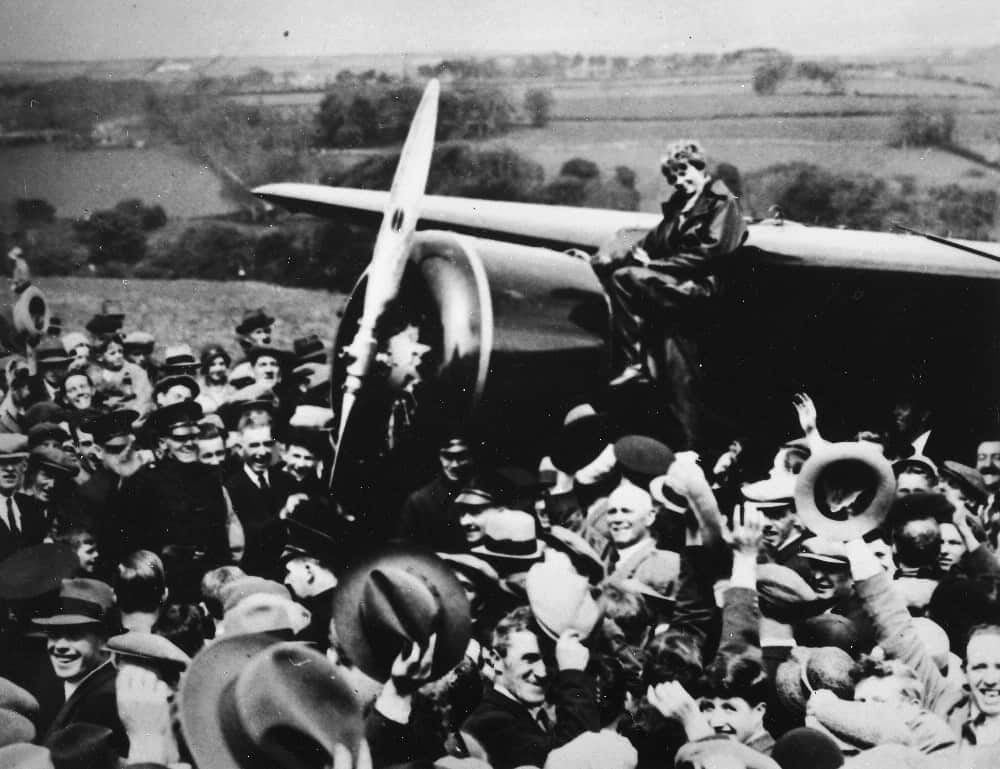 1932; amelia flight
