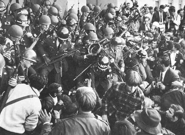 1967; anti-war-protest-at-Pentagon