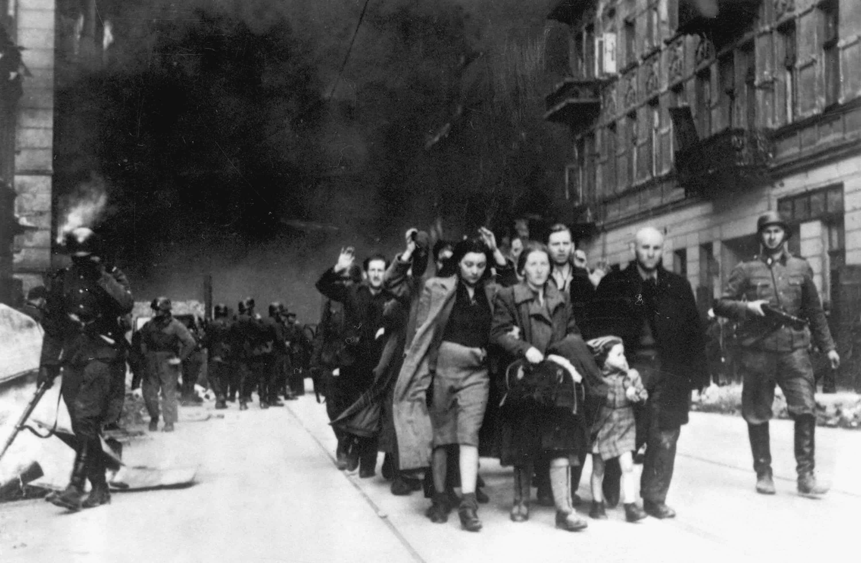 1943; warsaw ghetto
